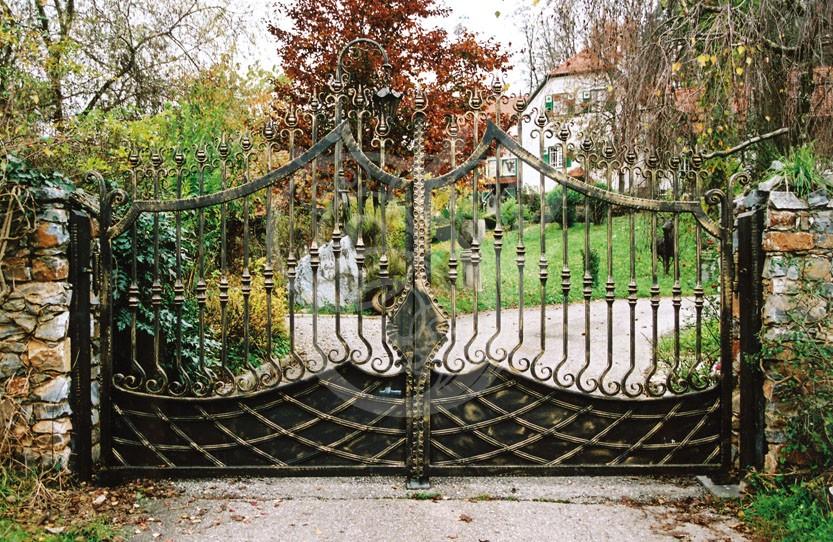 Türen tore  Tore und Türen | Josef Fladnitzer - Kunstschmiede, Schlosserei ...